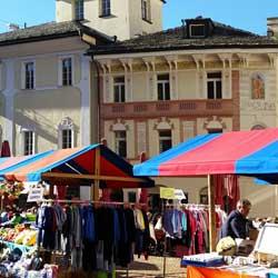 250_guidesi_tour_bellinzona_mercato