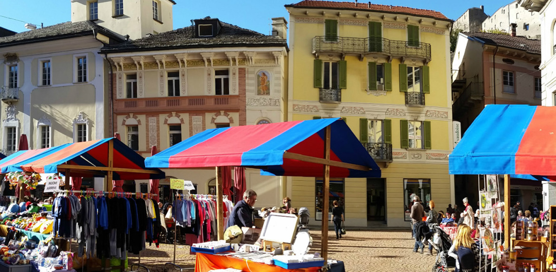 Castelgrande, centro ciudad, mercado del sábato